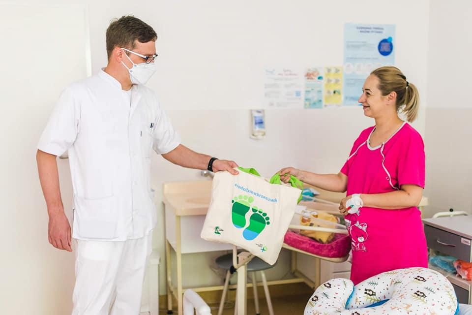 Pierwsza wyprawka dla mamy i noworodka