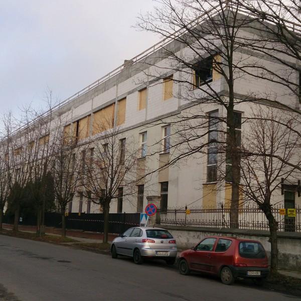 Szpital-w-Brzezinach-rok-2013-600x600